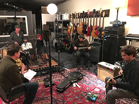 Jesu/Sun Kil Moon recording in at Ice Cream Factory Studio, Austin Texas 11/15/2016